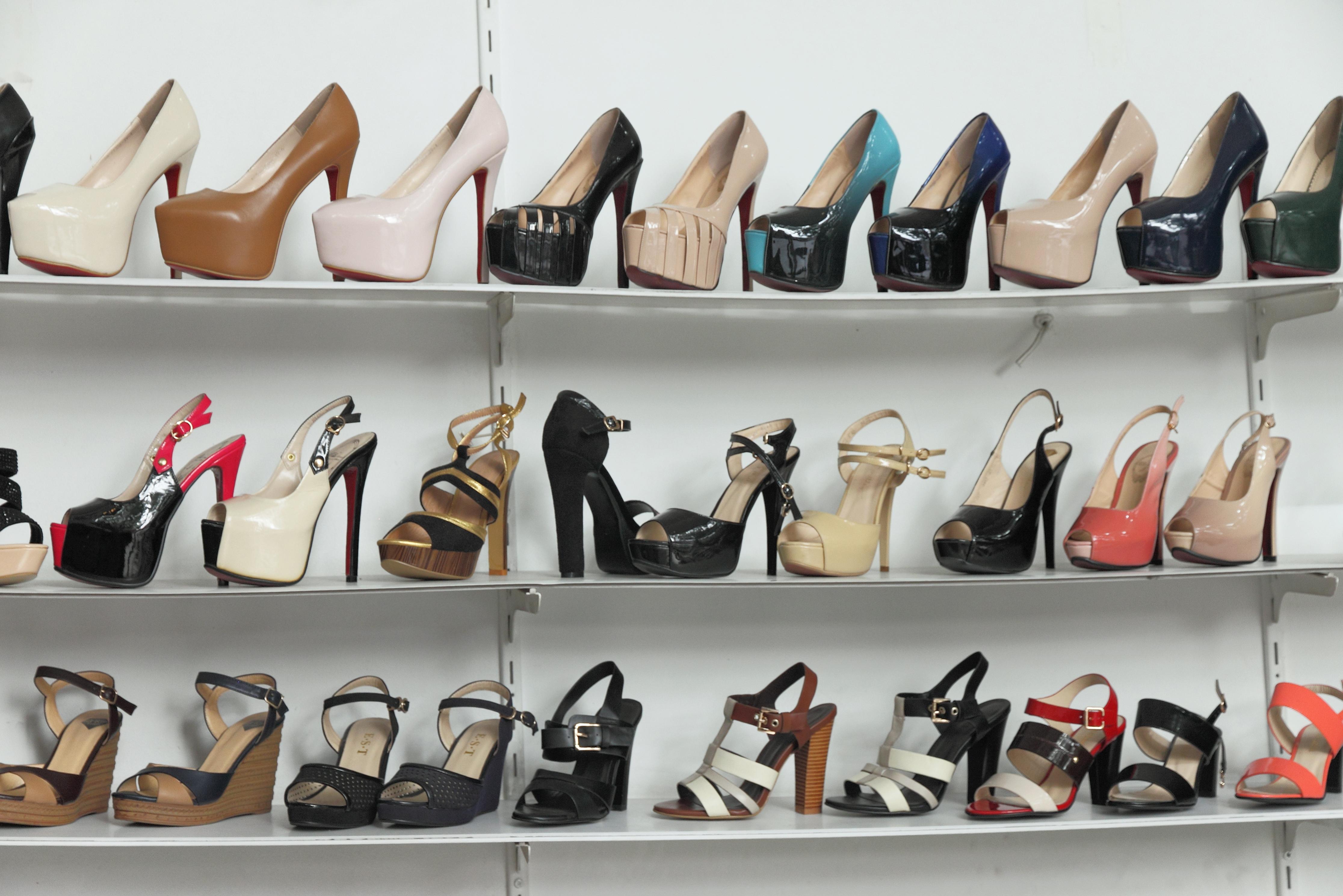 sklep z butami damskimi