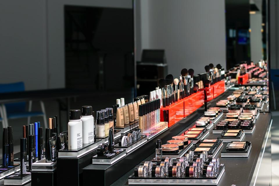 Świat kosmetyków w drogerii internetowej