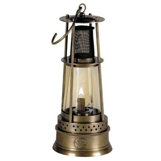 Lampiony w ogrodzie – dlaczego nie?